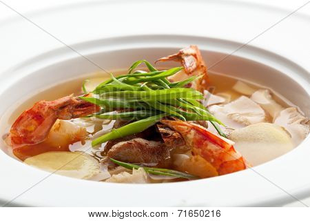 Spicy Soup with Meat Slice, Shrimps and VegetablesSlice, Shrimps and Vegetables Slice, Shrimps and Vegetables