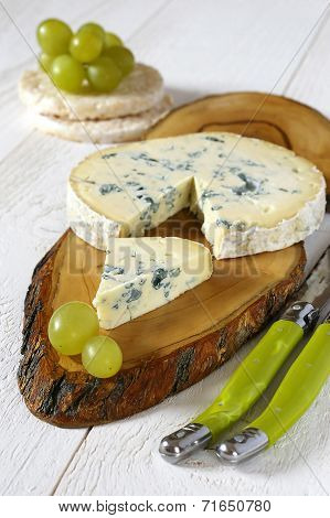 Blue Cheese And Green Grapes