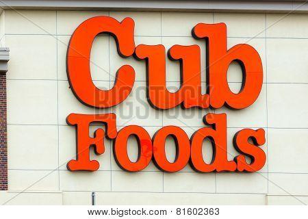 Cub Foods Exterior