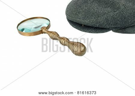 Detective Warm Cap And Vintage Magnifying Glass