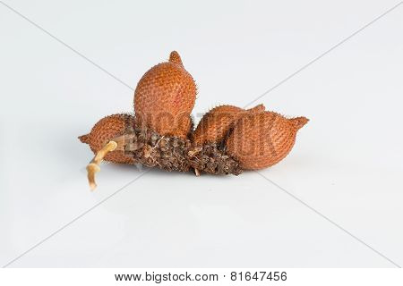 Salak,sala (zalacca Edulis Reinw.) Isolated On White Background
