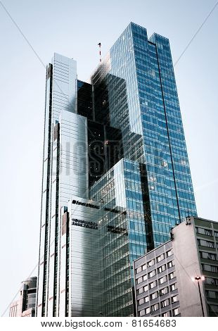 Rondo 1 Building