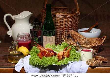 Has Sung Submitted With Wine, Cowberry Sauce And Leaves Of Fresh Salad