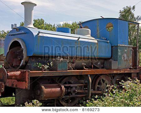 antigua locomotora aherrumbrar