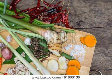 Ingredients Thai Food : TUM-YAM