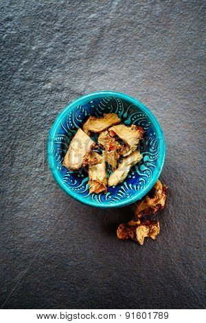 Dried Galangal Root In Authentic Oriental Bowl