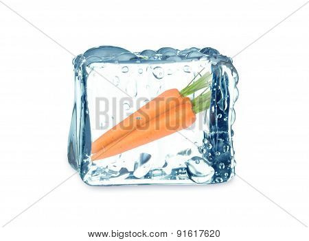 carrots and ice cube