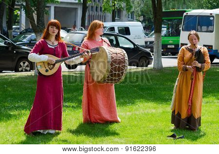Speech By Ensemble With Ancient Folk Musical Instruments