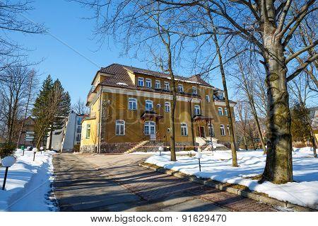 A Former Guest House Zychoniowka In Zakopane