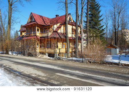 Wooden Villa Called Promienna In Zakopane