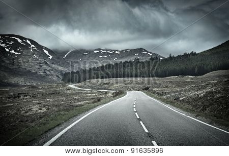 Road Into Mountain Range