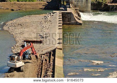 Track Dam