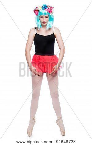 Bras Bas Ballet Pose Girl