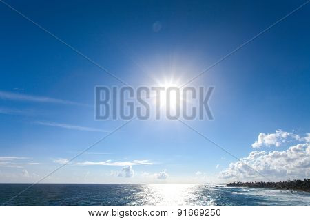 Beautiful sea horizon. Tranquil scene. Nature composition