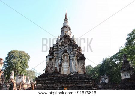 Wat Chedi Ched Thaeo, Si Satchanalai Historical Park, Thilan