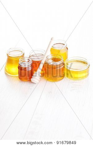 differen kind of honey - food and drink