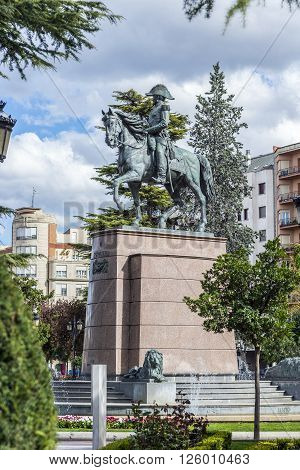 Statue of General Espartero in El Espolon square in Logroño La Rioja. Spain.