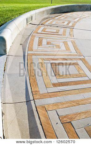 Geometric Curved Walk