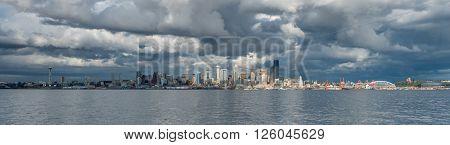 A view of the Seattle skyline across Elliott