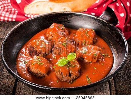 Old Pan And Meat Balls