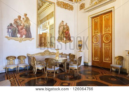 SAINT PETERSBURG, RUSSIA - APRIL 11, 2016: The White-columned hall in the State Russian Museum, former Mikhailovsky Palace. The museum is the largest depository of Russian fine art in St. Petersburg.