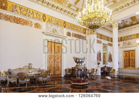 ST. PETERSBURG, RUSSIA - APRIL 11, 2016: The White-columned hall in the State Russian Museum, former Mikhailovsky Palace. The museum is the largest depository of Russian fine art in Saint Petersburg