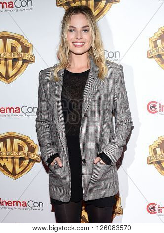 LOS ANGELES - APR 12:  Margot Robbie arrives to CinemaCon 2016: Warner Bros.