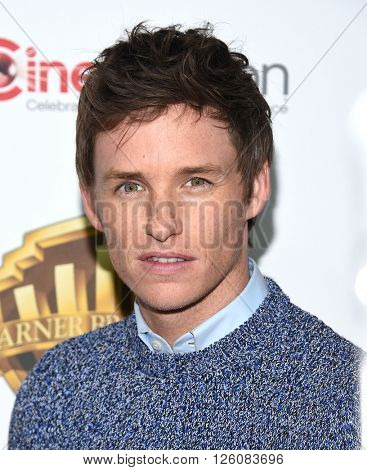 LOS ANGELES - APR 12:  Eddie Redmayne arrives to CinemaCon 2016: Warner Bros.