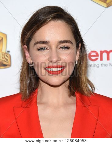 LOS ANGELES - APR 12: Emilia Clarke arrives to CinemaCon 2016: Warner Bros.
