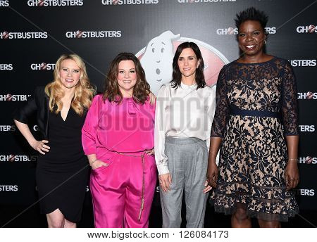 LOS ANGELES - APR 12: Kate McKinnon, Melissa McCarthy, Kristen Wiig, Leslie Jones arrives to the Cinema Con 2016: Sony Pictures Presentation on April 12, 2016 in Las Vegas, NV.