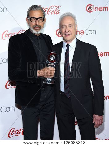 LOS ANGELES - APR 14:  Jeff Goldblum & Brent Spiner arrives to the Cinema Con 2016: Awards Gala  on April 14, 2016 in Las Vegas, NV.