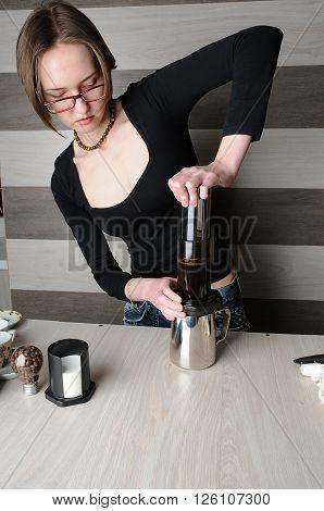 Professional barista coffee brewing. Inverted aeropress method