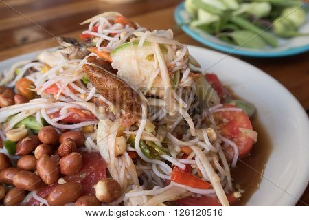 Noodle Salad ,papaya Salad Or Som Tum