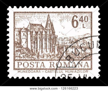 ROMANIA - CIRCA 1972 : Cancelled postage stamp printed by Romania, that shows Hunedoara castle.