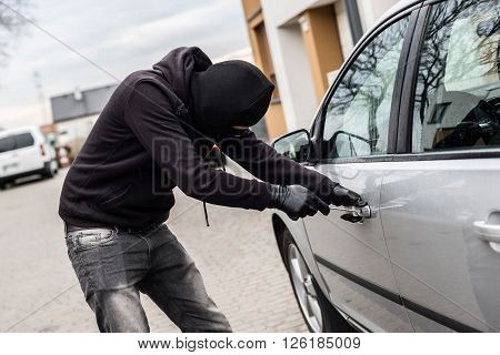 Car Thief, Car Theft