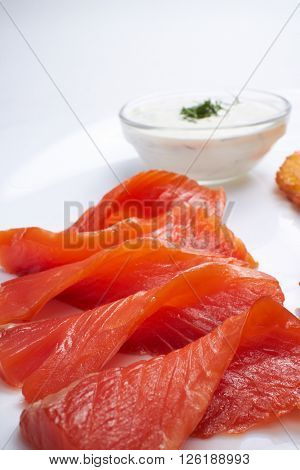 smokes salmon