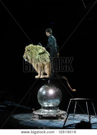 The Moira Orfei Circus - lion tamer