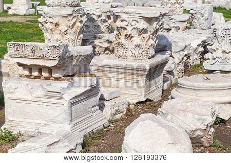 Ruined White Stone Columns Details