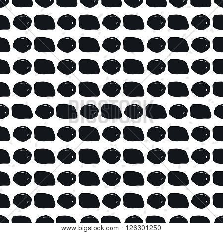 Geometric doodle seamless pattern. Black and whit grunge geometric shapes
