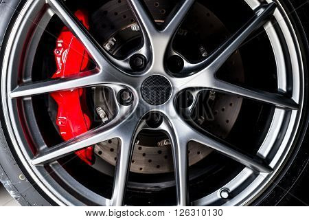 Car detailing series : Super car disc brake