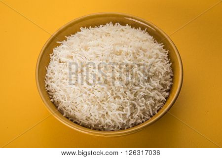 cooked white rice in a bowl, plain basmati rice, cooked basmati rice in bowl