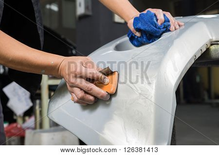 Auto body repair series : Sanding paint