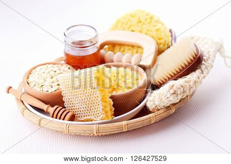 honey and spa treatment - beauty treatment