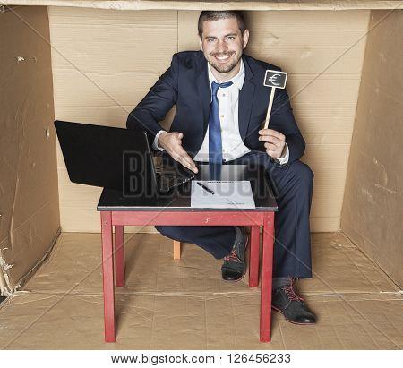 Businessman Promises Big Money