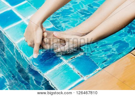 Swimming pool series : Cramp at swimming pool