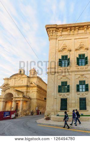 Treet Scene In Valletta