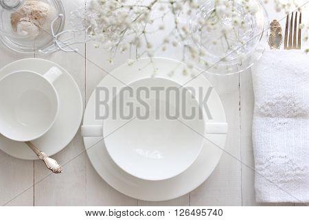 Table mockup menu mockup. Wedding fashion photography. Wedding invitation. Place card reserved card. White beautiful dishware. Trendy white colors stylish photo.