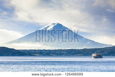 Cruising At Kawaguchi Lake With Fuji Mount Background