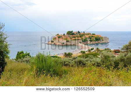 Aman Sveti Stefan islet connected to the mainland by a narrow isthmus