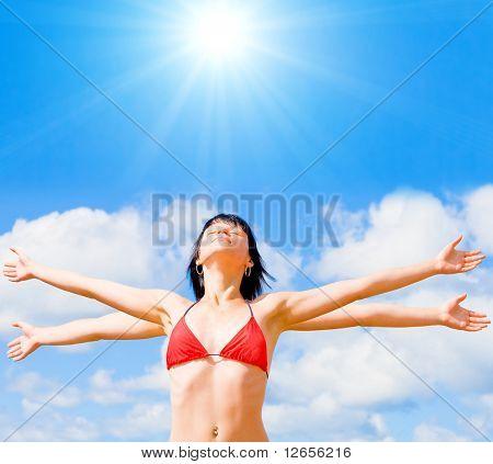 under sun like goddes